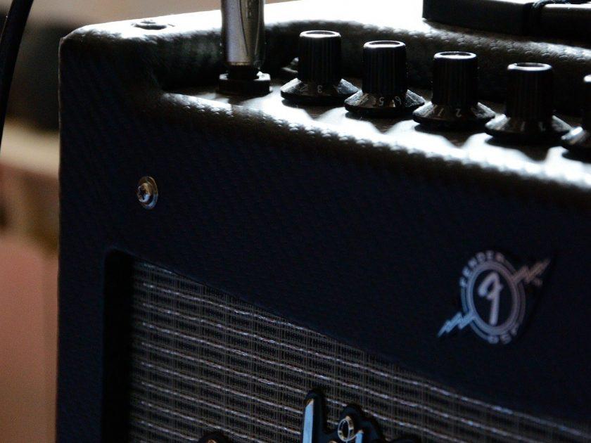 amplifier-1328056_1920